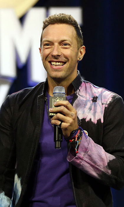 "<b>Guest Performer</b>: <a href=""https://us.hellomagazine.com/tags/1/chris-martin/""><strong>Chris Martin</strong></a>
