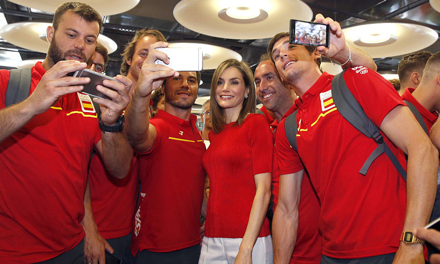 This selfie takes the gold! Queen Letizia met with members of the Spanish Olympic Team during the 'RIO 2016' farewell at Adolfo Suarez Airport in Madrid.