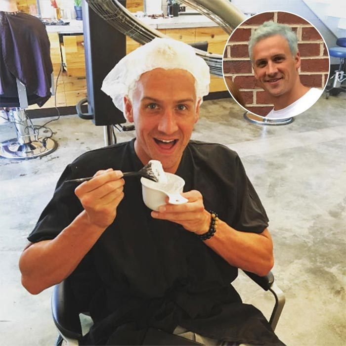 <b>Ryan Lochte dyes his hair blue!</b>