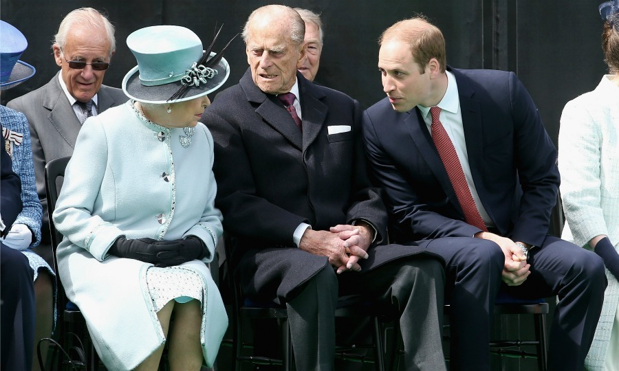 Flanking Prince Philip, the Queen and Prince William looked deep in conversation during the 800th anniversary of the Magna Carta. 