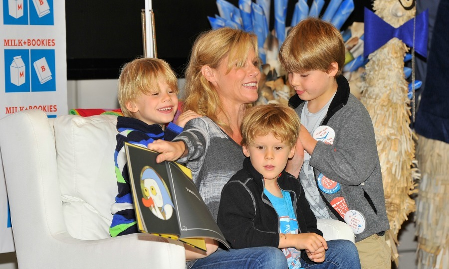 <b>Julie Bowen and Scott Phillips</b>