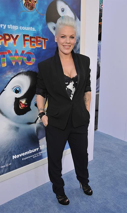 "Singer <a href=""https://us.hellomagazine.com/tags/1/pink/"" target=""_blank""><strong>P!nk</strong></a> looked better than ever as she walked the blue carpet at the <i>Happy Feet Two</i> premiere, four months after giving birth to daughter Willow Sage.