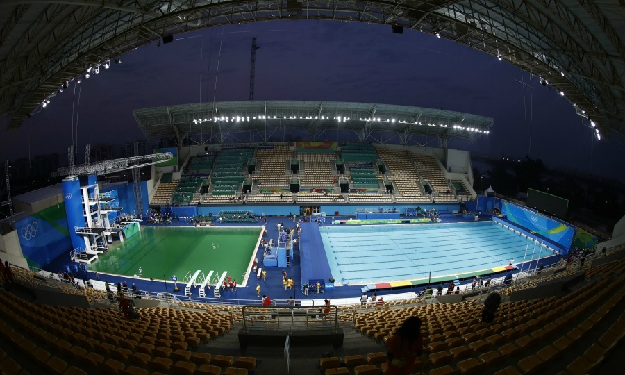 <b>The mysterious green pool</b>