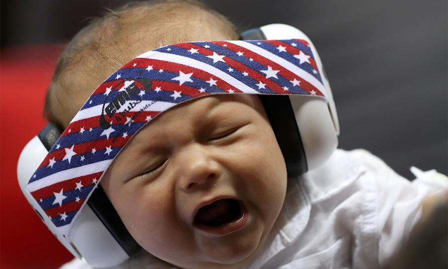 Little Boomer could hardly keep his eyes open as his dad took on Ryan Lochte in the men's 200-meter individual medley.