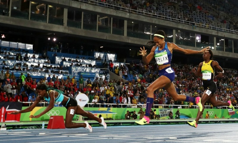 <b>Shaunae Miller's dive to the gold</b>