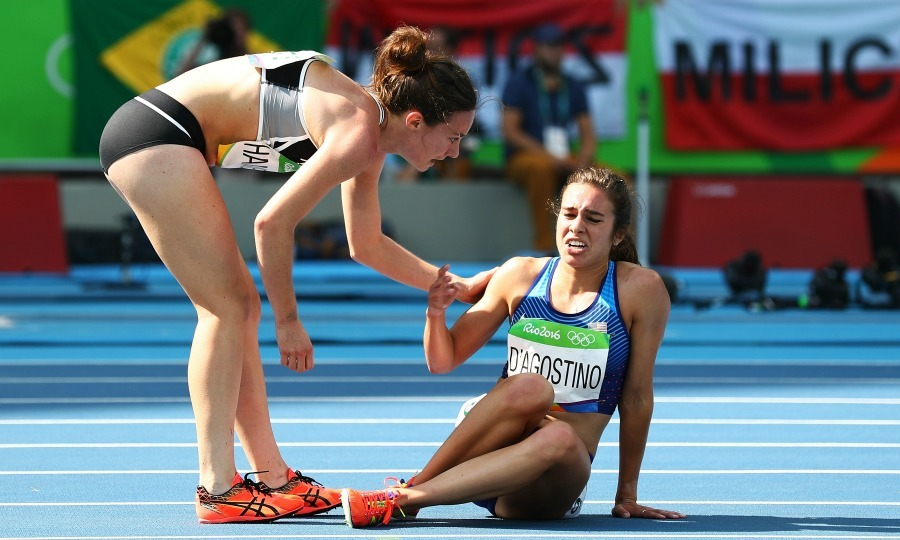 <b>Abbey D'Agostino and Nikki Hamblin's  gold medal sportsmanship</b>