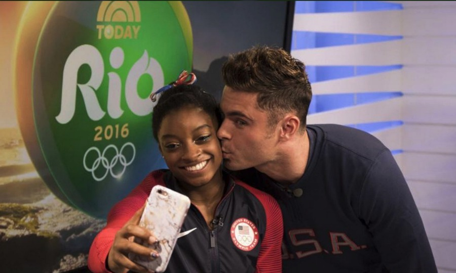 <b>Simone Biles lands a kiss from Zac Efron</b>