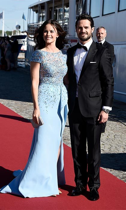 The night before their wedding, the husband and wife-to-be attended a lavish yacht party to celebrate their upcoming nuptials. 