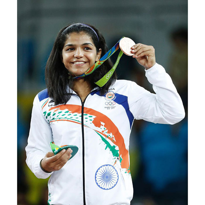 <b>A woman wrestler wins India's first medal in Rio</b>