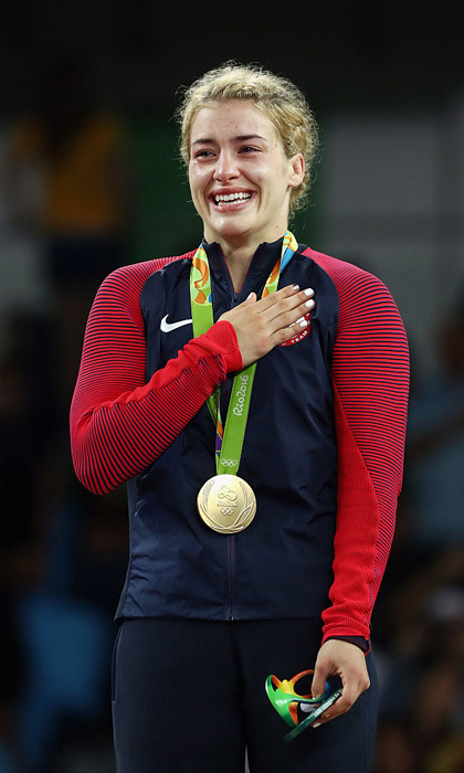 <b>Helen Maroulis delivers USA first gold in women's wrestling in Rio</b>