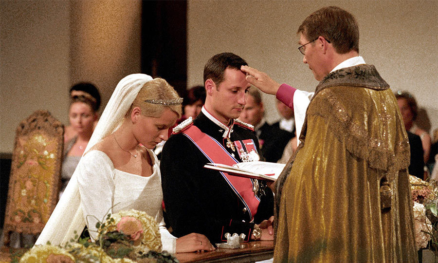 "Tears could be seen glistening on the Crown Prince's face just before the moment he said ""I do"", and slipped a white gold wedding band on to his bride's right hand. 