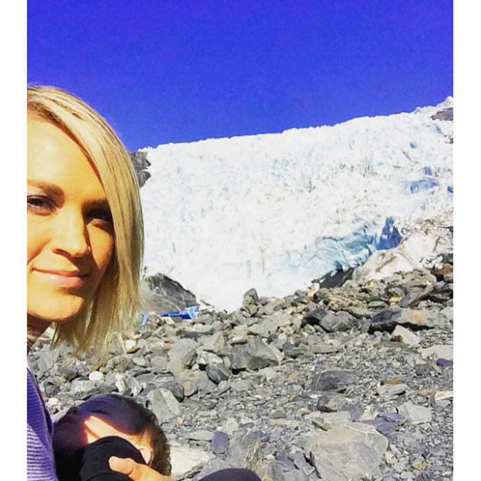 "<b><a href=""https://us.hellomagazine.com/tags/1/carrie-underwood/""><strong>Carrie Underwood</strong></a></b> 