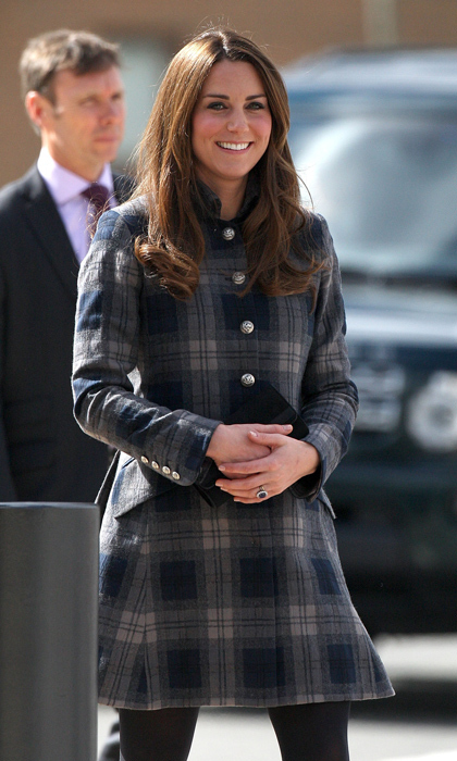 "Three months before the birth of Prince George, the Duchess of Cambridge visited the Emirates Arena in Glasgow with husband Prince William. Giving her Scottish hosts a fashionable nod, <a href=""https://us.hellomagazine.com/tags/1/kate-middleton/""><strong>Kate Middleton</strong></a> wore a Moloh tartan coat for her appearance. 