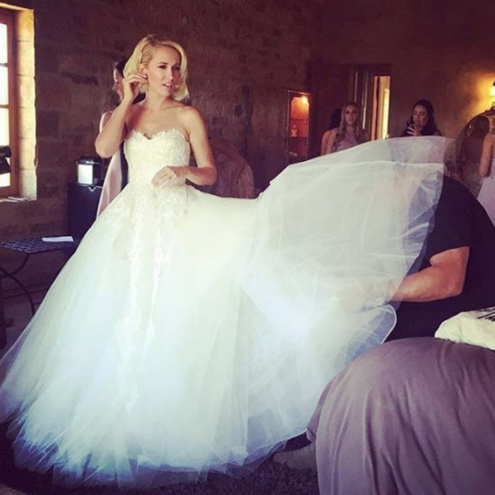 "<b><a href=""https://us.hellomagazine.com/tags/1/anna-camp/""><strong>Anna Camp</strong></a></b>