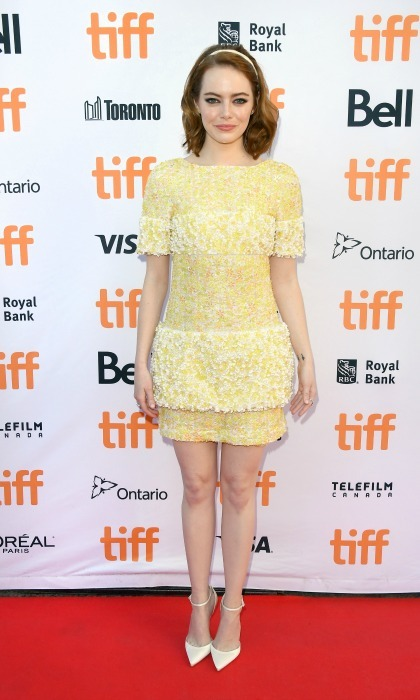 "<a href=""https://us.hellomagazine.com/tags/1/emma-stone/""><strong>Emma Stone</strong></a> was a pocket full of sunshine in her yellow Chanel dress during the premiere of her new film <i>La La Land</i> at the Toronto International Film Festival. 