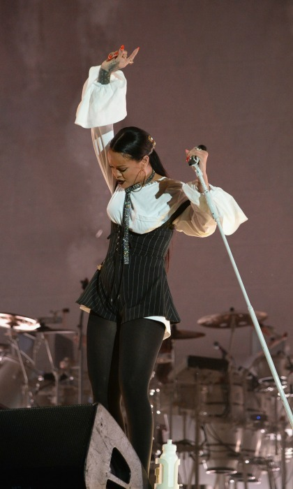 "September 24: Giving back on the brain! <a href=""https://us.hellomagazine.com/tags/1/rihanna/""><strong>Rihanna</strong></a> took the stage for a stellar performance during the Global Citizen Festival in NYC. 