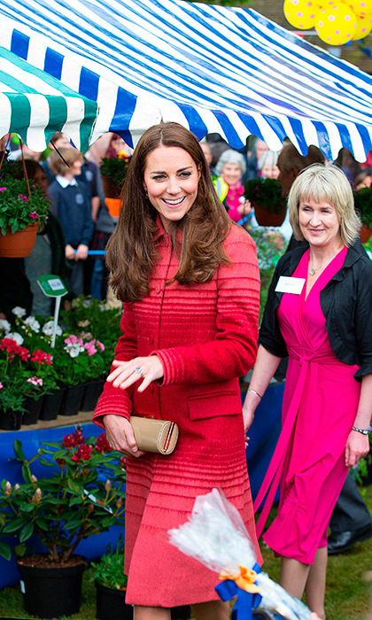 During her visit to Scotland in 2014, Duchess Kate gave a nod to local talent by wearing the Athena wool jacquard coat by Scottish designer Jonathan Saunders. 