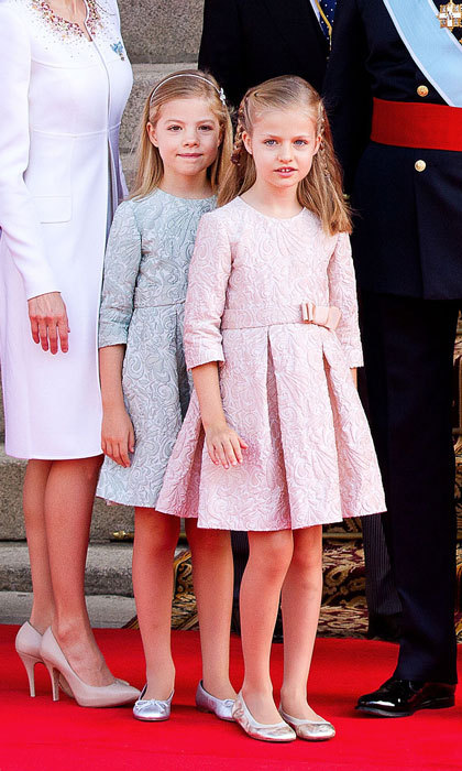Princesses Sofia and Leonor were dressed to the nines in brocade dresses at their father's coronation ceremony in 2014.