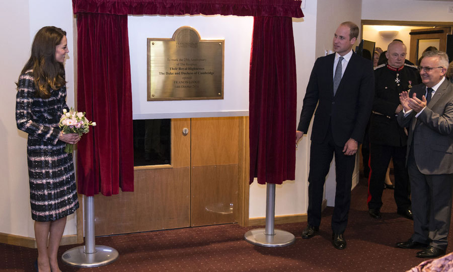 During their visit, Kate and William unveiled a plaque at Francis House hospice.
