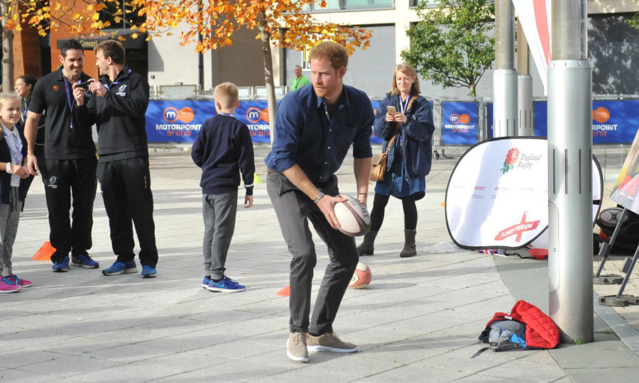 Harry showed off his athletic side during his visit in support of Nottingham's Coach Core sporting apprenticeships. 