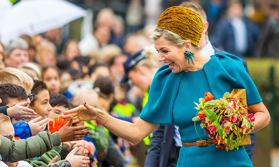 Queen Maxima looked delighted to greet the people of Almelo during her regional visit to Almelo and Northeast Twente. 