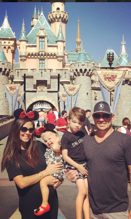 Nick Lachey fulfilled his lifelong ambition of riding a roller coaster with his son Camden! Meanwhile, wife Vanessa Lachey and daughter Brooklyn donned Minnie Mouse ears, natch.