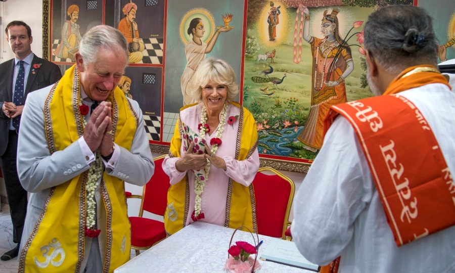 Charles and Camilla paid a visit to the Krishna Temple, in Manama. The royal pair traveled to the temple to learn about the history of the Hindu community. 