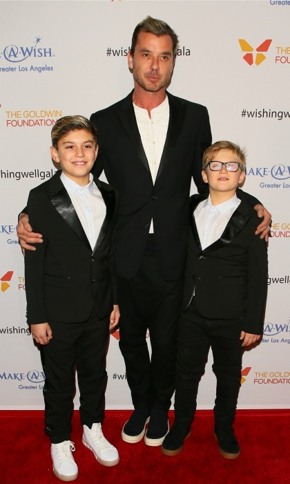 december-7-gavin-rossdale-and-his-boys-kingston-and-zuma-cleaned-up-nicely-for-the