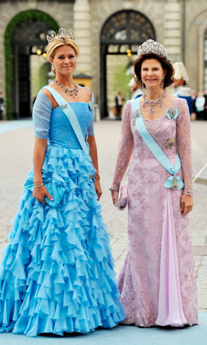 "Double diamonds: the ""Forget-Me-Not"", worn by Princess Madeleine, and the Bragança, chosen by Queen Silvia.