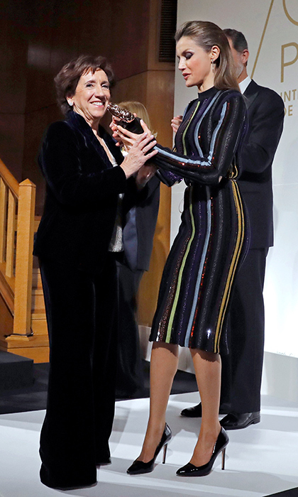 A glamorous Queen Letizia of Spain delivered the Luca de Tena prize to journalist Victoria Prego during the 96th edition of the ABC International Journalism Prizes in Madrid on December 13. 