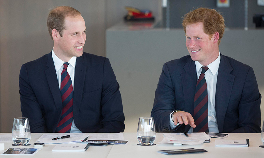 <b>November 2016</B> 