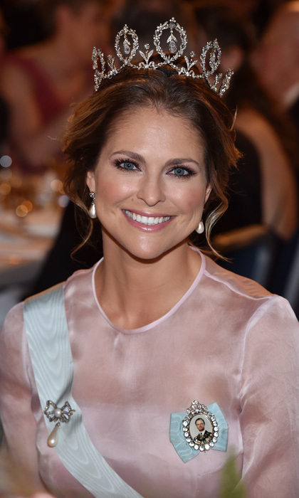 Princess Madeleine of Sweden kept her makeup simple with blush tones and instead let her tiara do all the talking at the 2015 Nobel Prize Banquet in Stockholm, Sweden. 