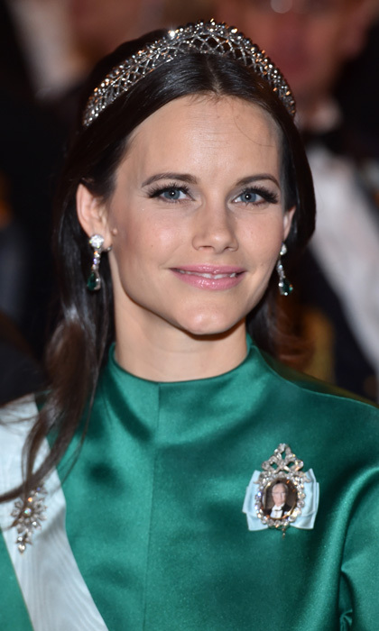 Princess Sofia made her vibrant eyes pop with voluminous lashes at the 2015 Nobel Prize Banquet in Stockholm, Sweden. 