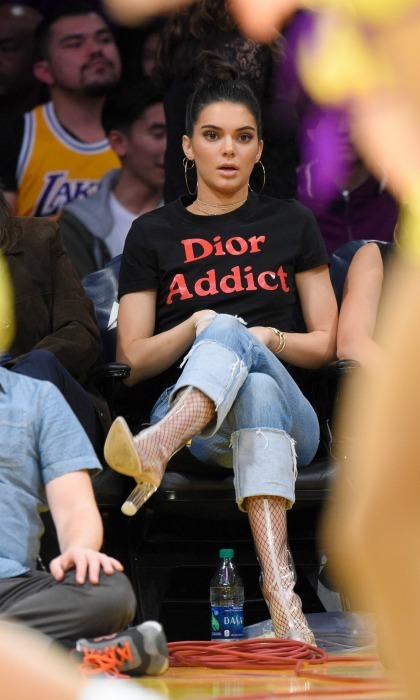 "Kendall Jenner was a ""Dior Addict"" as she sat next to Hailey Baldwin during the Los Angeles Lakers vs. Memphis Grizzlies basketball game at the Staples Center.