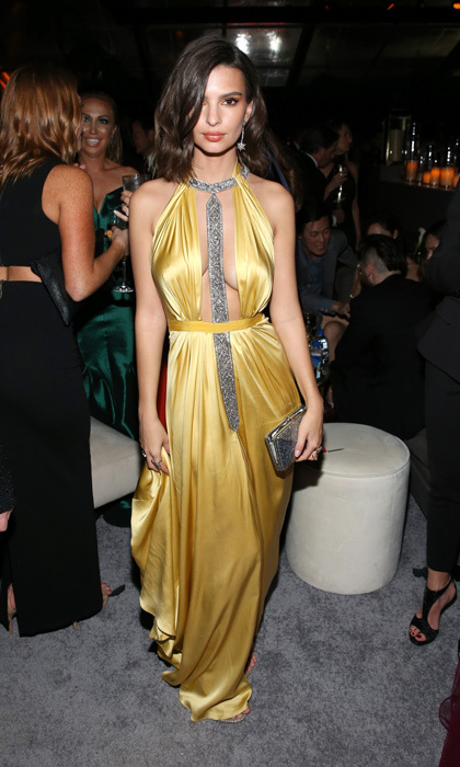 Emily Ratajkowski took the plunge wearing a silky yellow Reem Acra dress, which she paired with an exclusive Gilt x Judith Leiber clutch, at the Weinstein Company and Netflix Golden Globes after-party.