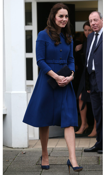 Kate Middleton looked characteristically stylish for her first engagement of 2017. The Duchess opted for a striking blue coat by Eponine London, which she paired with her navy suede Rupert Sanderson Malory pumps for her visit to the Anna Freud National Centre for Children and Families in London.