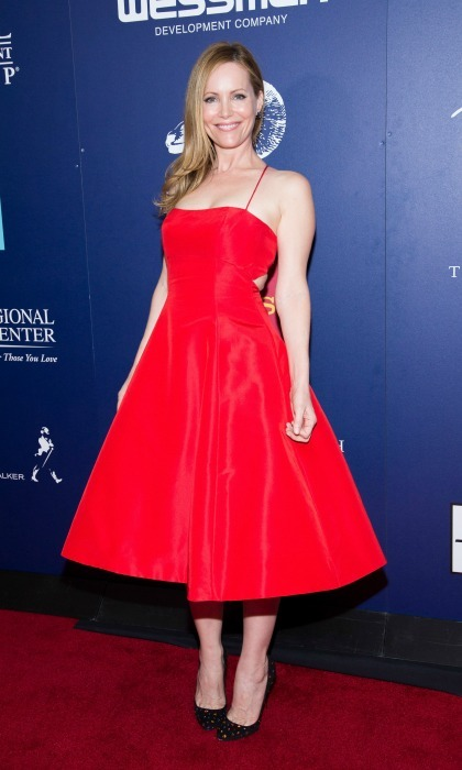 January 15: Leslie Mann was red hot during the screening of <i>The Comedian</i> during the 28th annual Palm Springs Film Festival. 