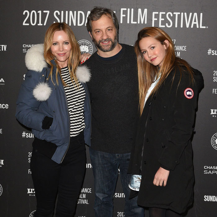 <b>Leslie Mann and Iris Apatow</b>