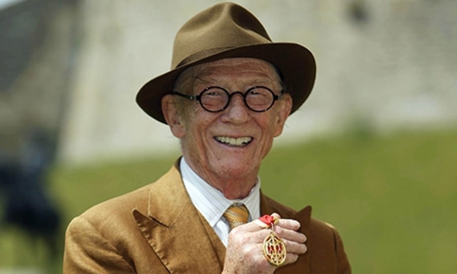 <b>John Hurt - January 25</b> 
