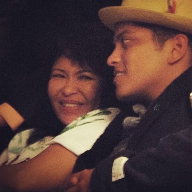 Bruno Mars Opens Up About His Mother S Death And How He Sees Life Differently Now