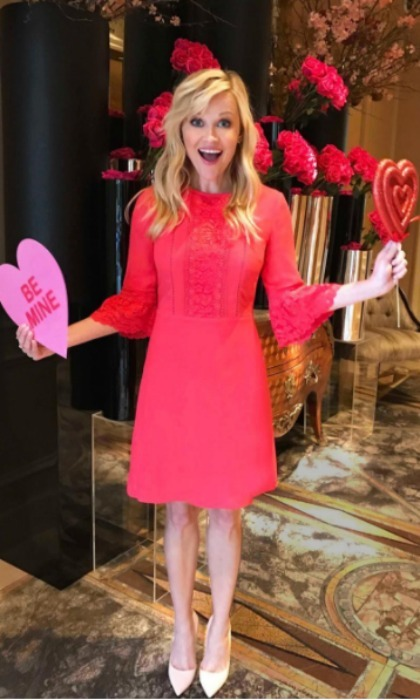 Reese Witherspoon was in the Valentine's Day spirt and dressed in red all the way from New Zealand. 
