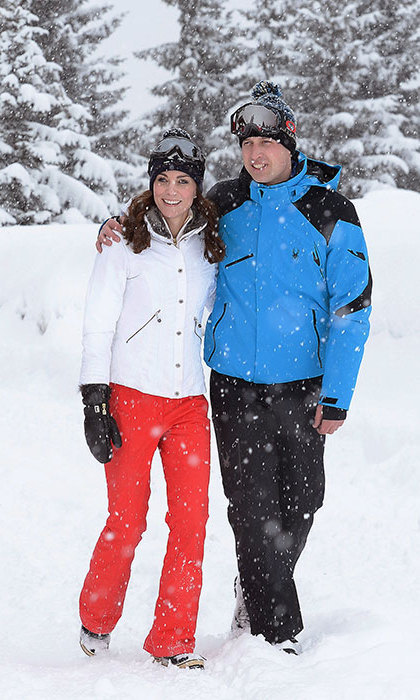 Prince William and Kate enjoyed a snowy moment together while in the French Alps.