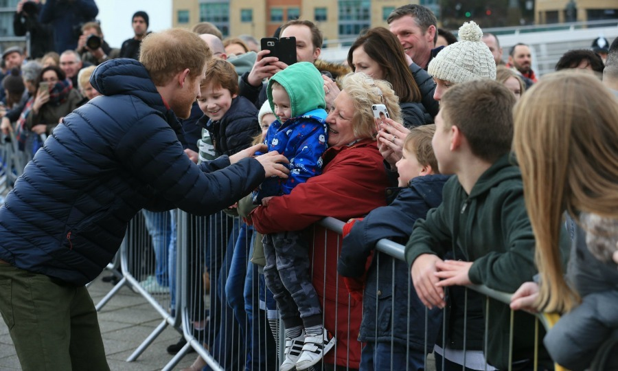 The charming Prince didn't just impress the older members of the crowd. Harry made quite the impression on a little visitor during his appearance at the 2017 Virgin Money London Marathon for Heads Together training session. 