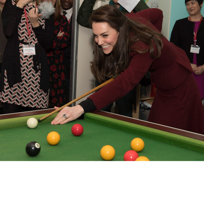 "<a href=""https://us.hellomagazine.com/tags/1/kate-middleton/""><strong>Kate Middleton</strong></a> giggled as she played pool during a visit to the child and adolescent mental health project, MIST, as part of Action for Children.
