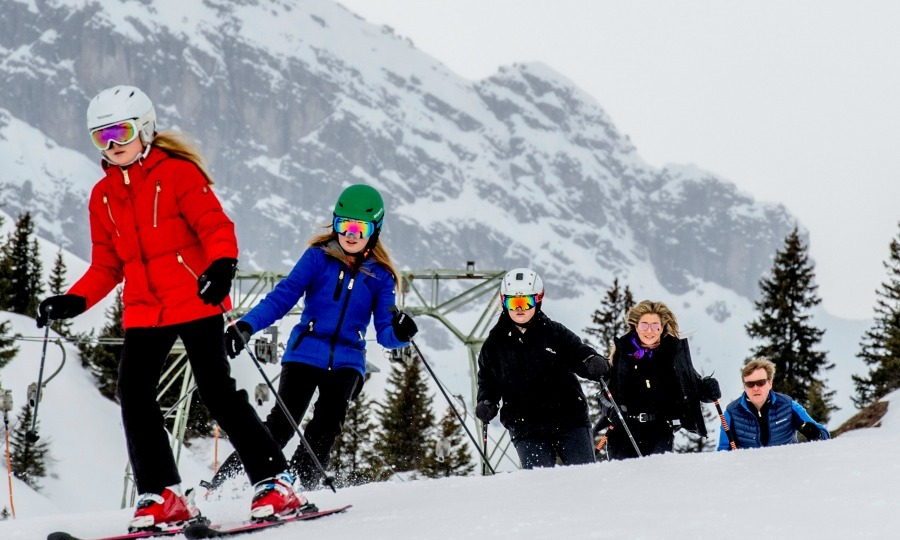 The Dutch royal family hit the slopes in Lech, Austria during their annual family holiday in 2017. 