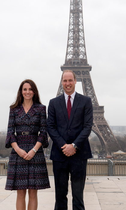 William and Kate were just like all of us, when they posed for an obligatory tourist photo at the Eiffel Tower. The couple had an engagement nearby at Trocadero.