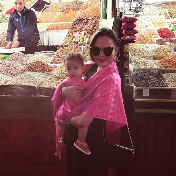 We want mor(occo)e from their family vacation in Morocco. Chrissy Teigen and John Legend took their daughter Luna around to the local markets while in Marrakesh.