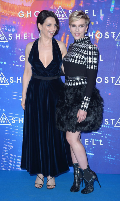 March 21: Juliette Binoche and Scarlett Johannson were très belle at the Paris premiere of <i>Ghost in the Shell</i>.
