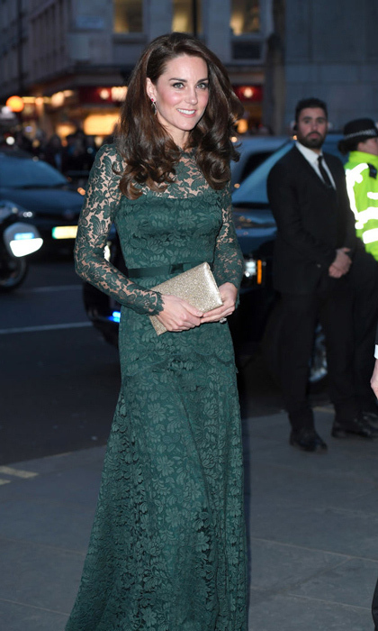 The Duchess of Cambridge adores lace – and she looks amazing in it, as demonstrated at her evening at the National Portrait Gallery gala in March 2017. The Duchess of Cambridge wore a hunter green Temperley London gown for the occasion.