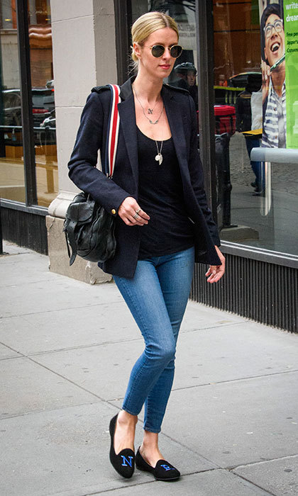 In January 2017, Paris Hilton's younger sister went casual in the Big Apple in a classic cool girl uninform: skinny jeans, a black top and blazer, and monogrammed flats.